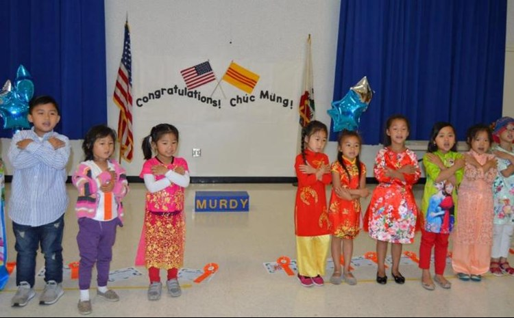 Transitional Kindergarteners Study Bilingual Education - article thumnail image